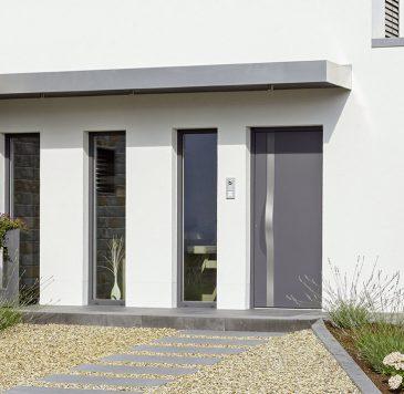 Portes d'entrée : Porte d'entrée avec vitrines latérales