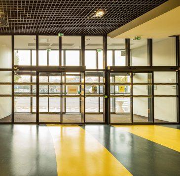 Produits spécifiques : Portes automatiques sécurisées